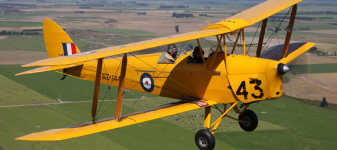 Hindmarsh Island Club Run – Tiger Moth